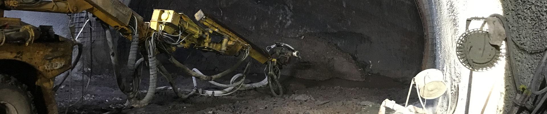 Hormigón proyectado túnel mina Súria Empresa de diseño geotécnico de túneles. Empresa de disseny geotècnic de túnels. Tunnel geotechnical design company.