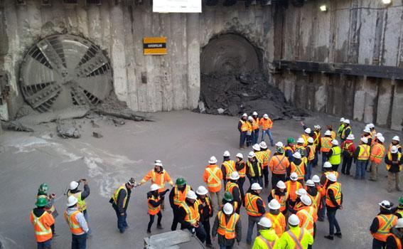 Tuneladora metro Toronto York Spadina Empresa de diseño geotécnico de túneles. Empresa de disseny geotècnic de túnels. Tunnel geotechnical design company.